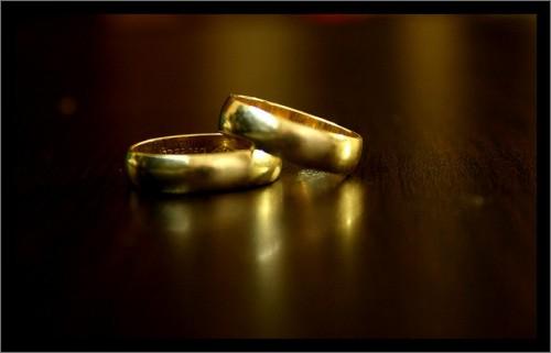 浮気の代償は大きい。結局、不倫を許せず離婚になるケースが多い