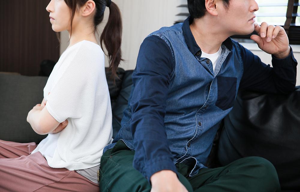 事実婚のパートナーの浮気で請求できる慰謝料相場っていくら?